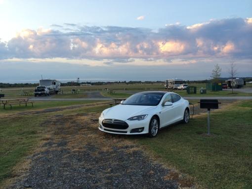 Charging at Tulsa North KOA as the sun rises.
